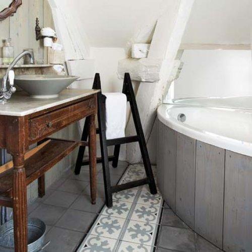Id es d co salle de bain for Salle de bain maison ancienne