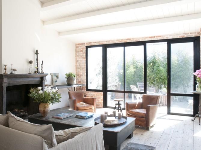 visite priv e une pause l 39 le de r. Black Bedroom Furniture Sets. Home Design Ideas