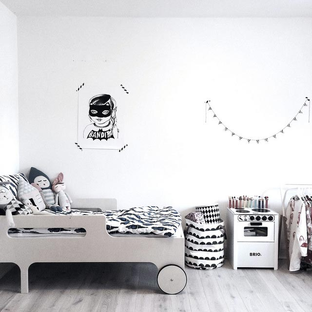 une chambre d co sinon rien. Black Bedroom Furniture Sets. Home Design Ideas