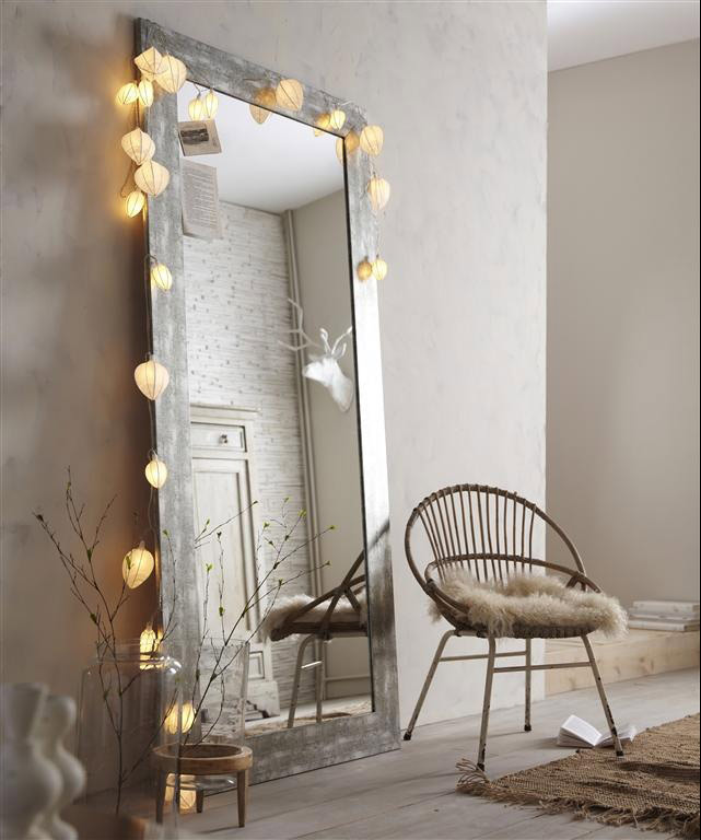 Le miroir un accessoire d co indispensable blueberry home for Miroir design pour salon